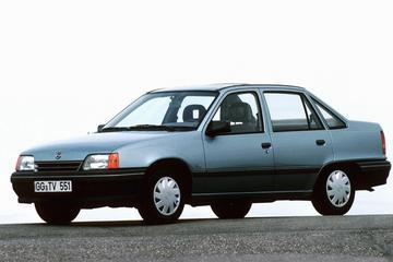Opel Kadett 1.6i LS (1991)
