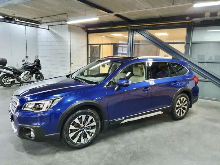Subaru Outback 2.5i Premium (2015)