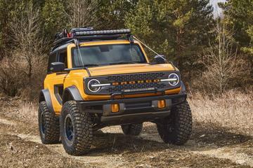 Ford Bronco Pick-up afgeschoten