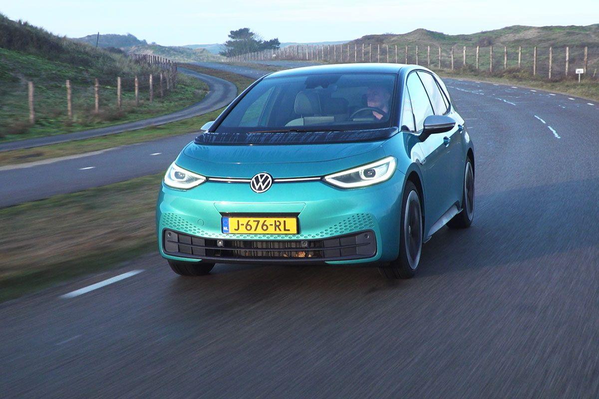Elektrische auto's van het jaar 2021 bekend - AutoWeek