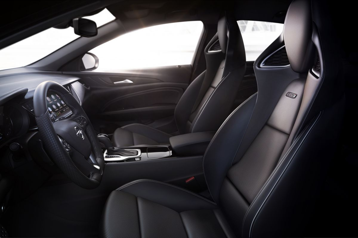 Opel Insignia II Restyling (2019) 30