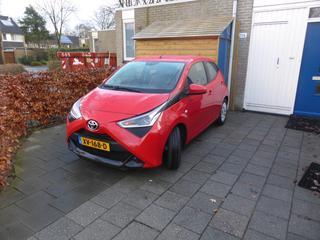 Toyota Aygo 1.0 VVT-i x-play (2019)