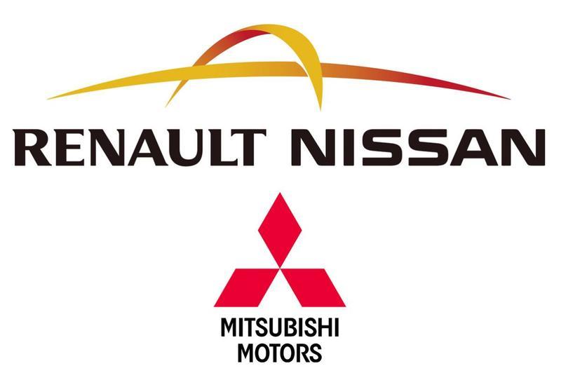 Renault versterkt banden met Japanse partners