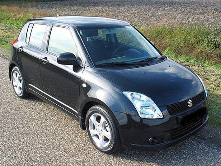 Suzuki Swift 1.3 Exclusive (2006)