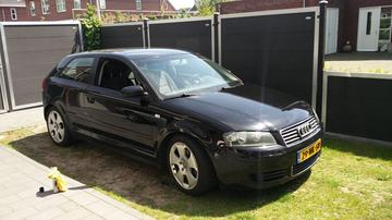 Audi A3 1.6 Attraction (2004)