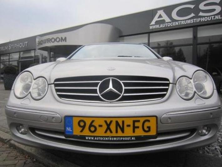 Mercedes-Benz CLK 270 CDI Avantgarde (2004)