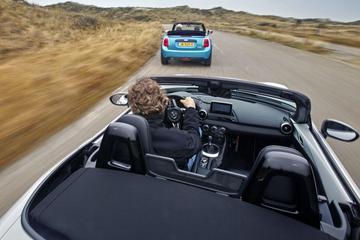 Mazda MX-5 - Mini Cooper Cabrio