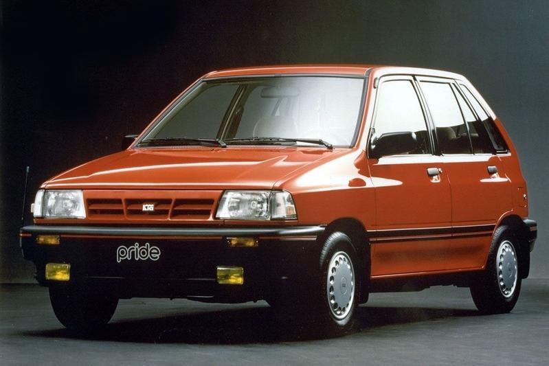 De Tweeling: Ford Festiva- Mazda 121 - Kia Pride - SAIPA