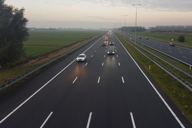 A4 verbreed Den Haag Amsterdam Leiden Snelweg rijden