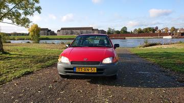 Toyota Starlet 1.3i (1998)