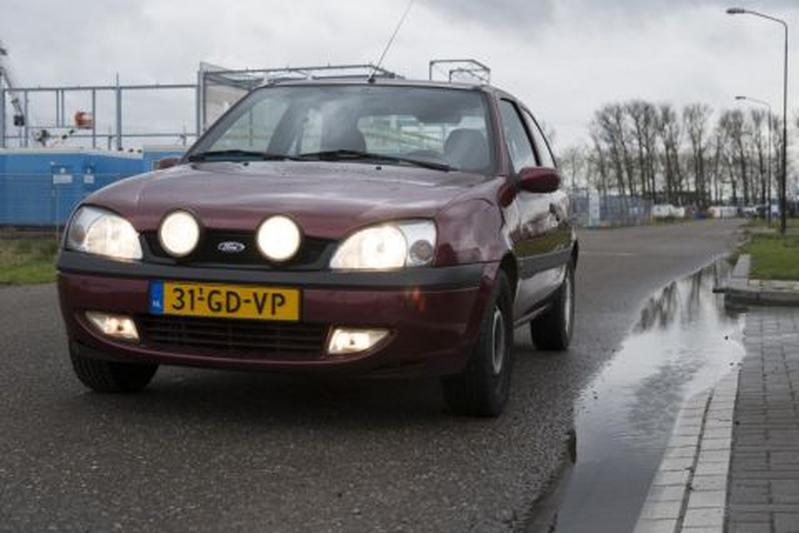 Ford Fiesta 1.3i 16V Collection (2000)