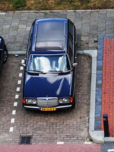 Mercedes-Benz W123 230 TE (1982)