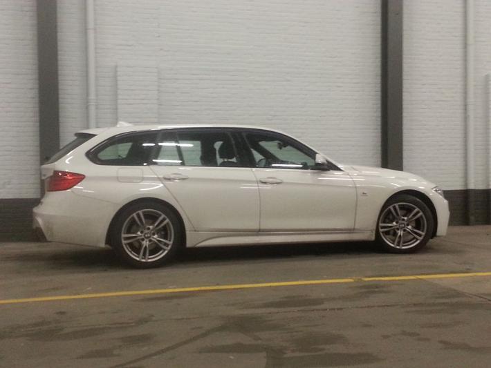 BMW 320d Touring Executive (2015)