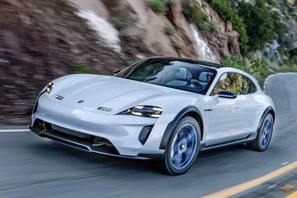 Porsche licht nieuw 4wd-systeem voor EV's toe