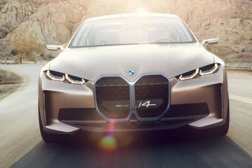 BMW licht elektrische toekomstplannen toe
