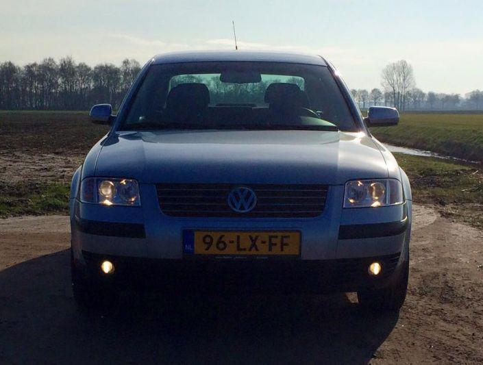 Volkswagen Passat 1.8 5V Turbo Highline (2003)