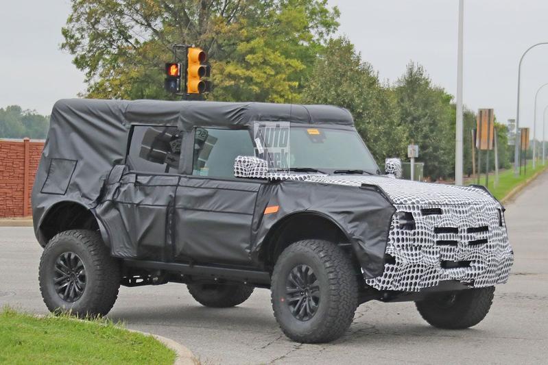 Ford Bronco Raptor spyshots