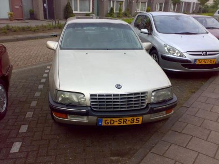 Opel Senator 3.0i 24V CD (1993)