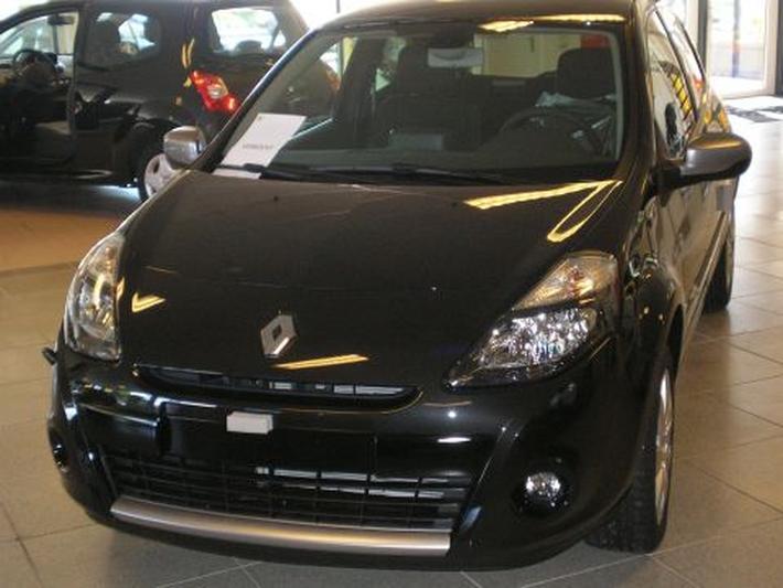 Renault Clio 1.6 16V 128 20th Anniversary (2010)