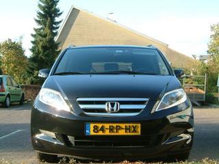 Honda FR-V 2.0i Comfort (2005)