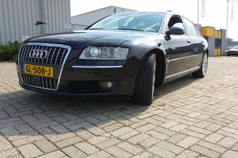 Audi A8 4.2 FSI quattro Lang Pro Line (2007)