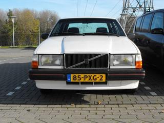 Volvo 740 GL 2.3 (1986)