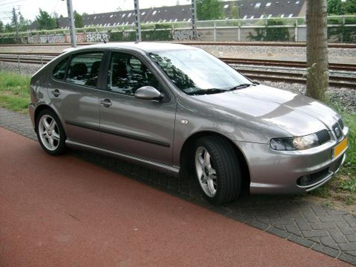 Seat Leon 1.9 TDi 130pk Topsport (2005)