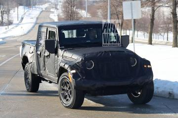 Gesnapt: Jeep Wrangler pick-up