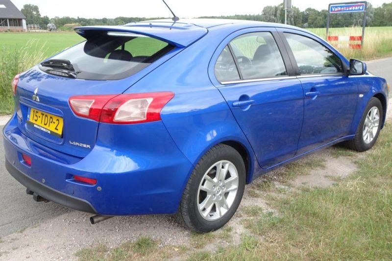 Mitsubishi Lancer Sportback 1.6 ClearTec Edition Two (2012)
