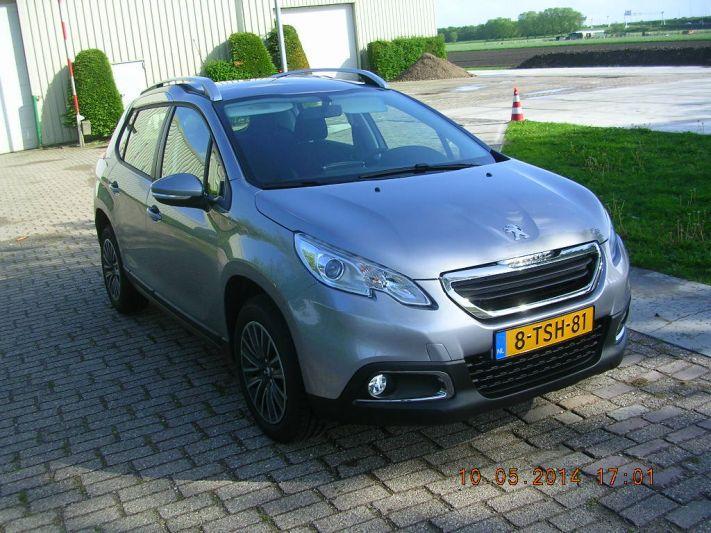Peugeot 2008 Active 1.2 VTi (2014)