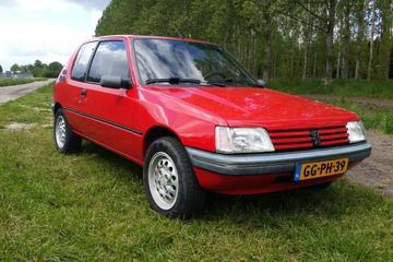 Peugeot 205 XT Automatic 1.6i (1993)