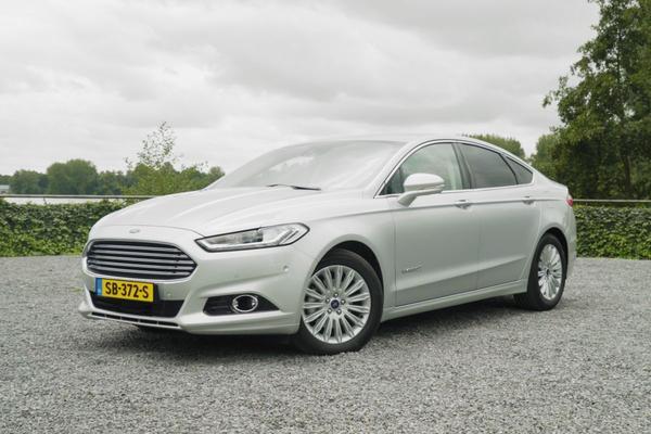 Ford kondigt vernieuwde Mondeo Hybrid aan