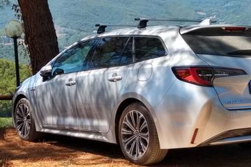 Toyota Corolla Touring Sports 1.8 Hybrid Executive (2019)