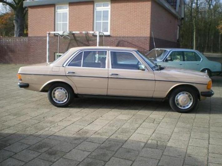 Mercedes-Benz 230 E (1984)