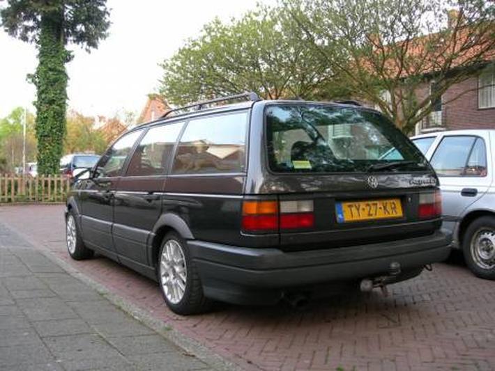 Volkswagen Passat Variant 1.8 107pk GT (1989)