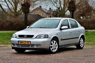 Opel Astra 1.6i-16V Njoy (2003)