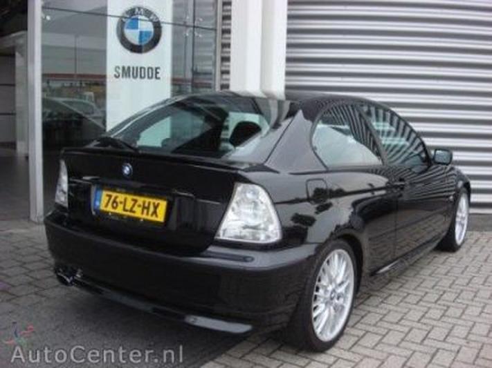 BMW 325ti Compact Executive (2003)