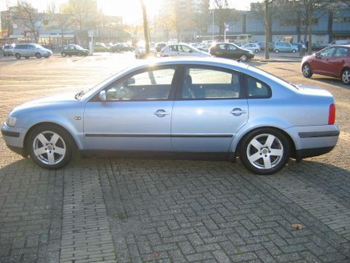 Volkswagen Passat 1.8 5V Turbo Trendline (1998)