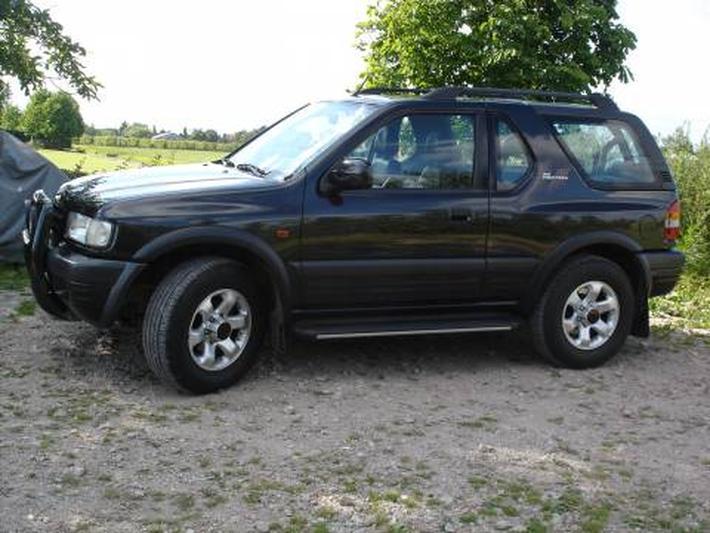 Opel Frontera Sport 2.2 DTi-16V (2000)