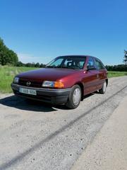 Opel Astra 1.4i GLS (1993)