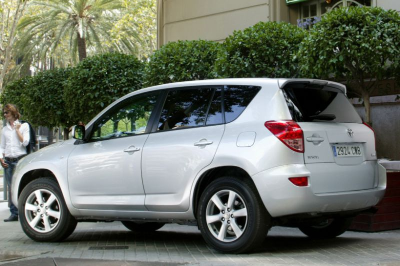 Facelift Friday: Toyota RAV4 2010
