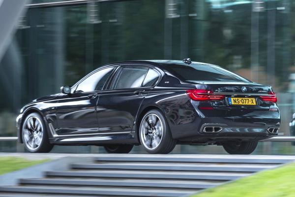 Rij-impressie: BMW M760Li xDrive