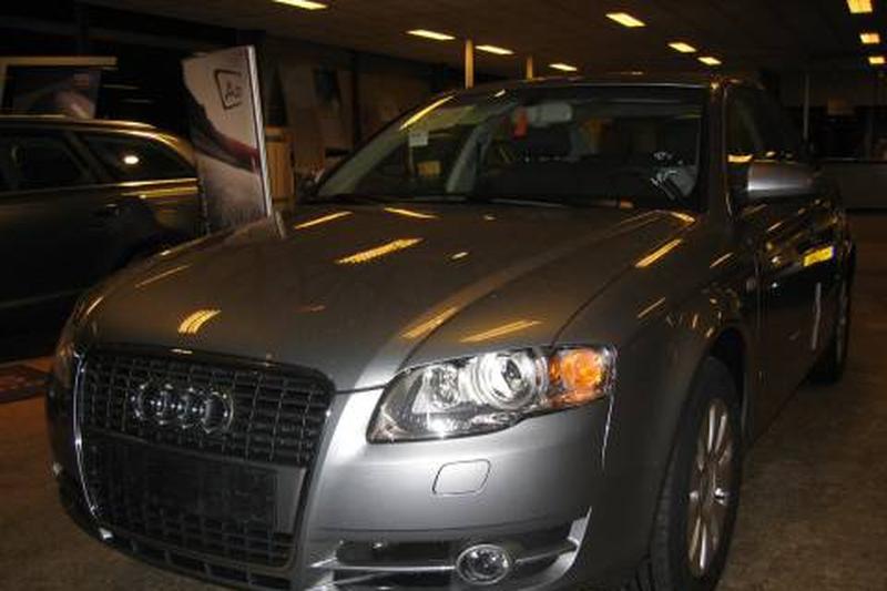Audi A4 2.0 T FSI Pro Line (2007)
