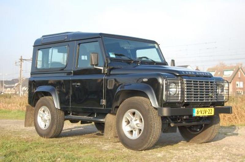 Land Rover Defender 90 2.4 TD Station Wagon X-TECH (2010)