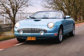 Blits Bezit - Ford Thunderbird