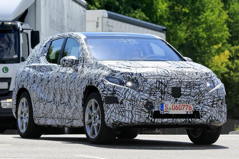 Spyshots Mercedes-Benz EQ GLE EQC