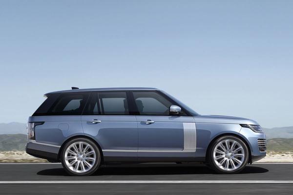 Land Rover test kans op wagenziekte in autonome auto's