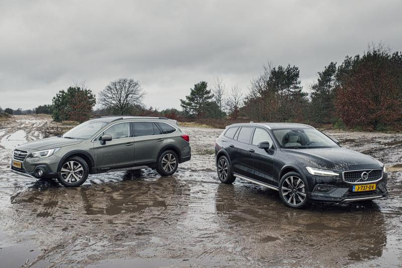 Subaru Outback vs. Volvo V60 Cross Country - Dubbeltest