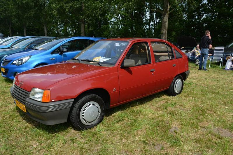Opel Kadett 1.3 S GLS (1986)