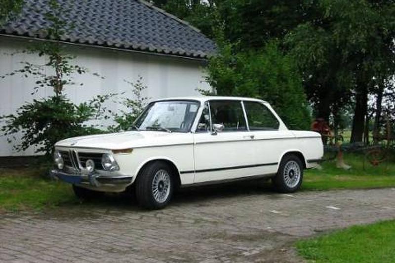 BMW 2002 sedan (1971)